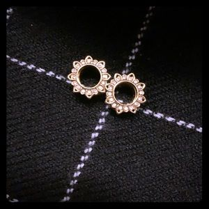 Jeweled Gauges.